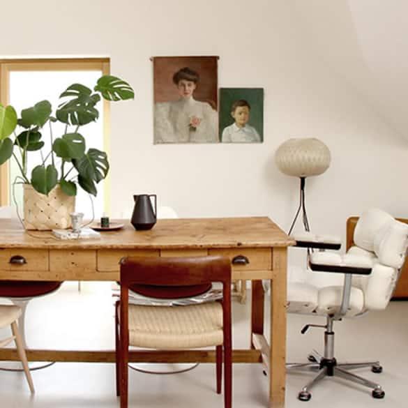 paris apartment oil painting