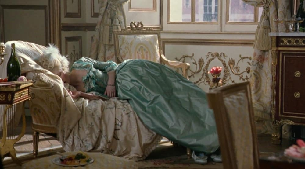 marie antoinette fainting couch