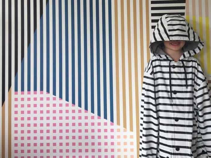 how to dress like a parisian petit bateau