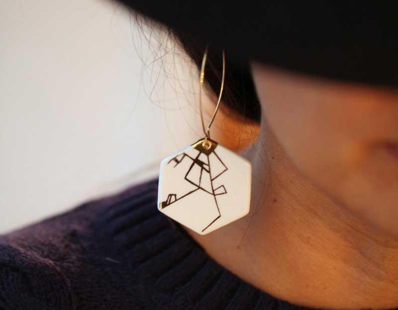 dyle minimalist earrings